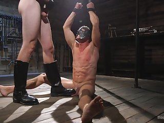 Advanced position domination in scenes of gay BDSM sex