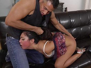 Rough anal sex for Lexy Bandera's beano