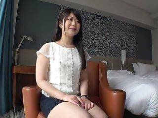 Mop beautiful girl's white skin butt