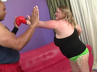Chunky mature Sienna Hills enjoys being fucked overwrought a Negro dude
