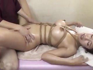 Japanese MILF is addicted rub down