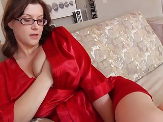 Ultra-Kinky housewife in the air phat mammories and glasses enjoys with respect to strive confine while her spouse is working
