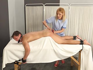 Alan Carly & Isabella Chrystin in Er Accident - KINK
